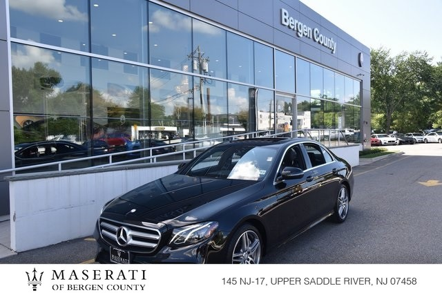 Pre-Owned 2017 Mercedes-Benz E 300 luxury