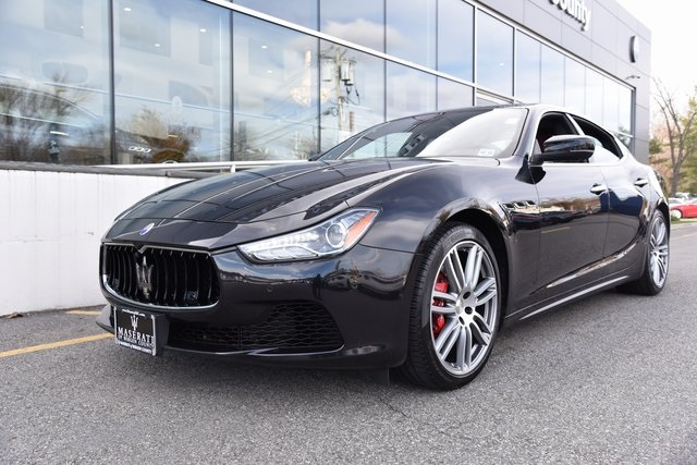 Certified Pre-Owned 2017 Maserati Ghibli S Q4